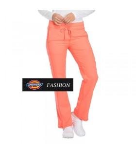 Comprar Pantalón DK130 de mujer. Tiro medio. Recto. Dickies